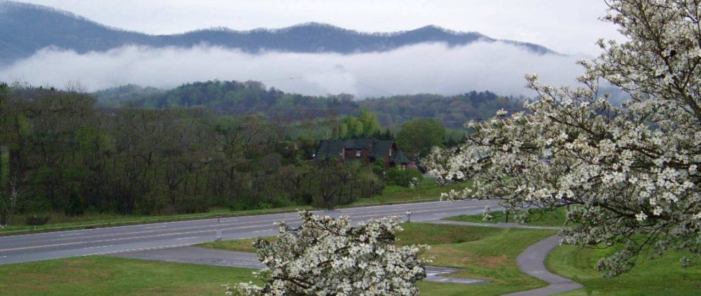 Gorgeous Smoky Mountain views at the Highland Manor Inn.