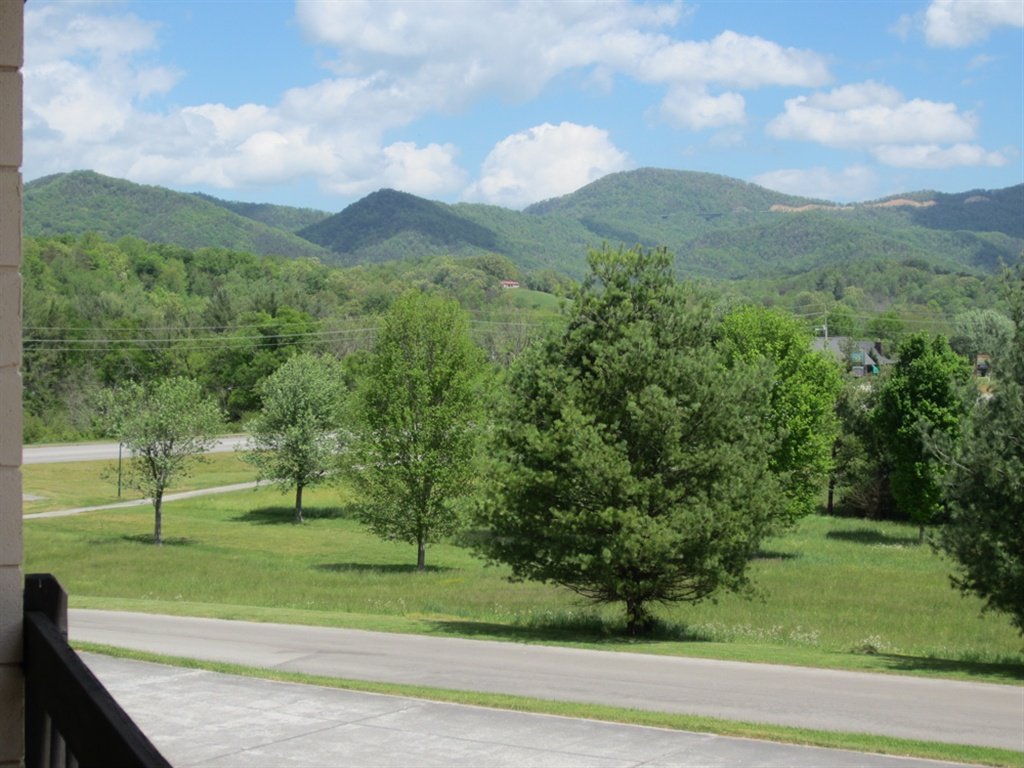 Smoky Mountain views from the Highland Manor Inn in Townsend.